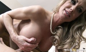 Wanton busty blond Brandi Love falls in love with dude's wang and begins sucking