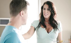 Gorgeous breasty brown-haired Reagan Foxx with tunnel of love is hot