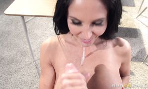 Large python stretches magical Ava Addams's soaked copher wide