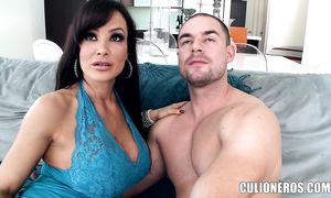 Mouthwatering big boobed brown-haired Lisa Ann loves the feel of playmate's cock in her pussy