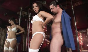 Voracious busty brown-haired Maria Belluci can't get enough of this heavy duty stick