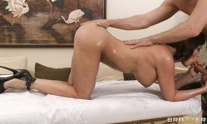 Savory big boobed Diamond Foxxx gets her gap tamed