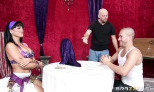 Bewitching bosomed minx Luna Star impales her juicy sissy on hard fang