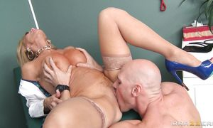 Tempting busty Amber Lynn gives a intense blow job to her perverted hunk