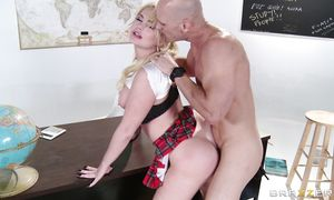 Dishy gal Alexis Ford with impressive tits sucked buddy's shlong until he came