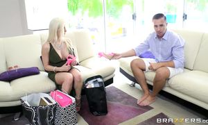 Hot-tempered Rachel RoXXX with firm titties strips and slobbers over a bf's stick