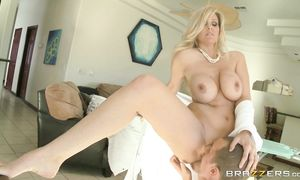 Passionate busty chick Julia Ann gives a sloppy blowjob in advance of fucked