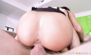 Bosomed diva Peta Jensen is beautiful and enjoys fucking with her dissolute dude